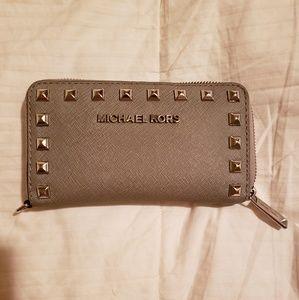 Michael Kors Selma Gray Studded Wallet
